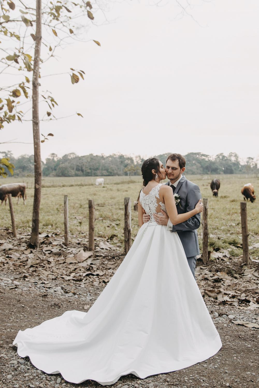 Michelle-Agurto-Fotografia-Bodas-Ecuador-Destination-Wedding-Photographer-Sol-Matthias-192.JPG