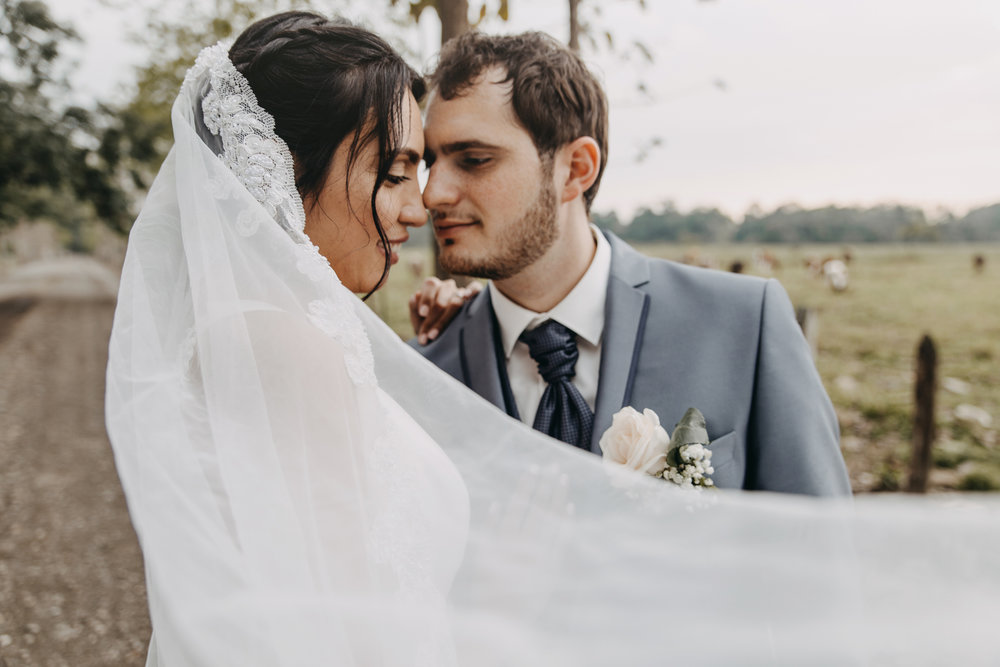 Michelle-Agurto-Fotografia-Bodas-Ecuador-Destination-Wedding-Photographer-Sol-Matthias-207.JPG