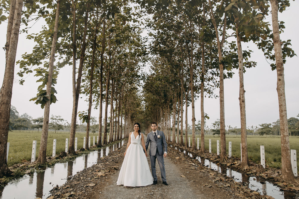 Michelle-Agurto-Fotografia-Bodas-Ecuador-Destination-Wedding-Photographer-Sol-Matthias-212.JPG