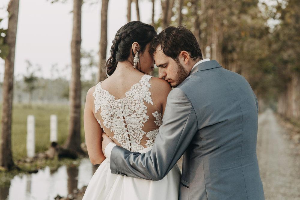 Michelle-Agurto-Fotografia-Bodas-Ecuador-Destination-Wedding-Photographer-Sol-Matthias-221.JPG