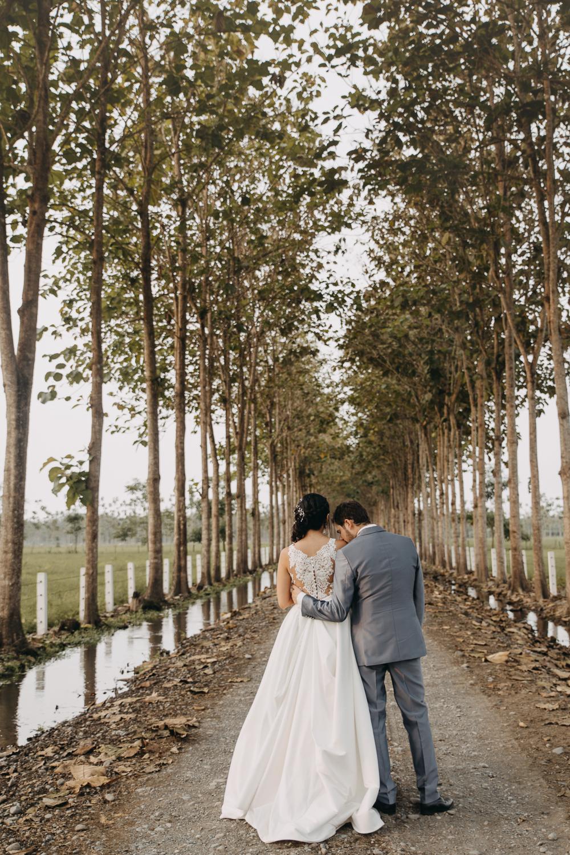 Michelle-Agurto-Fotografia-Bodas-Ecuador-Destination-Wedding-Photographer-Sol-Matthias-223.JPG