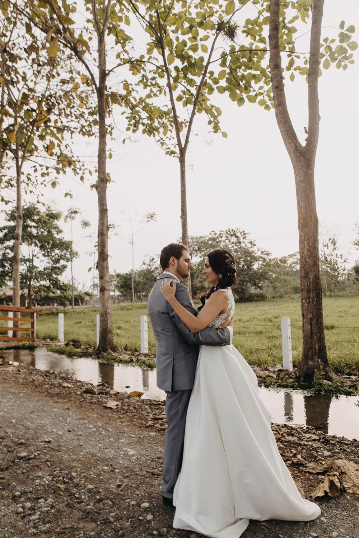 Michelle-Agurto-Fotografia-Bodas-Ecuador-Destination-Wedding-Photographer-Sol-Matthias-239.JPG