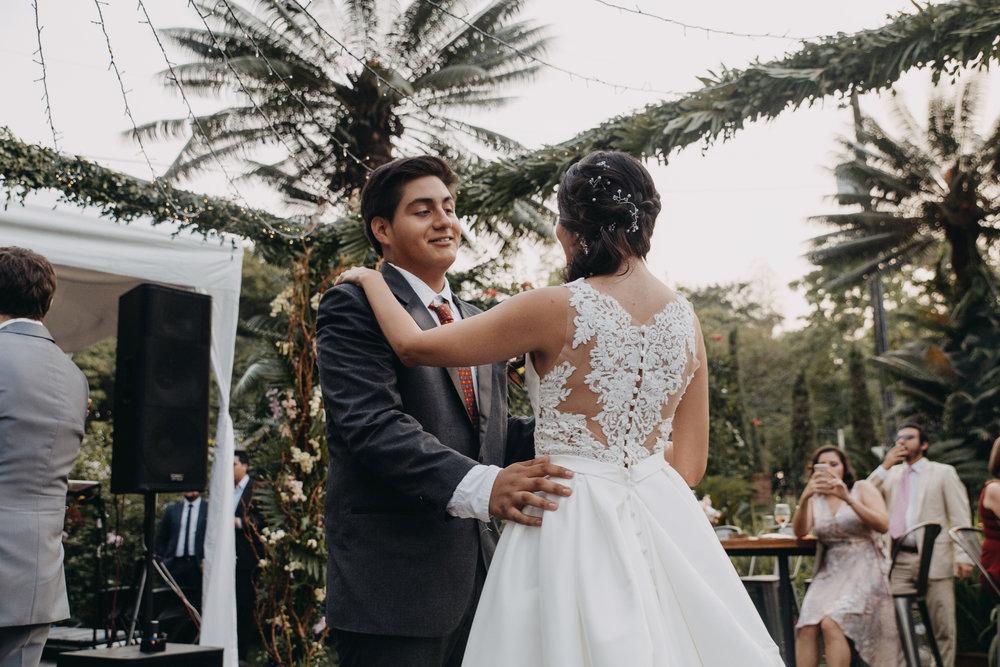 Michelle-Agurto-Fotografia-Bodas-Ecuador-Destination-Wedding-Photographer-Sol-Matthias-279.JPG