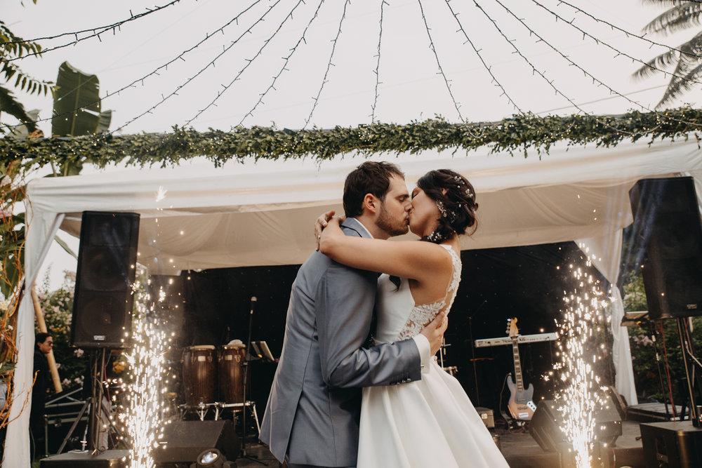Michelle-Agurto-Fotografia-Bodas-Ecuador-Destination-Wedding-Photographer-Sol-Matthias-297.JPG