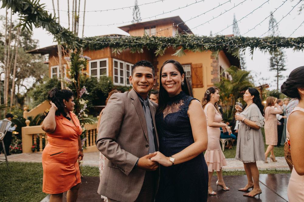Michelle-Agurto-Fotografia-Bodas-Ecuador-Destination-Wedding-Photographer-Sol-Matthias-304.JPG