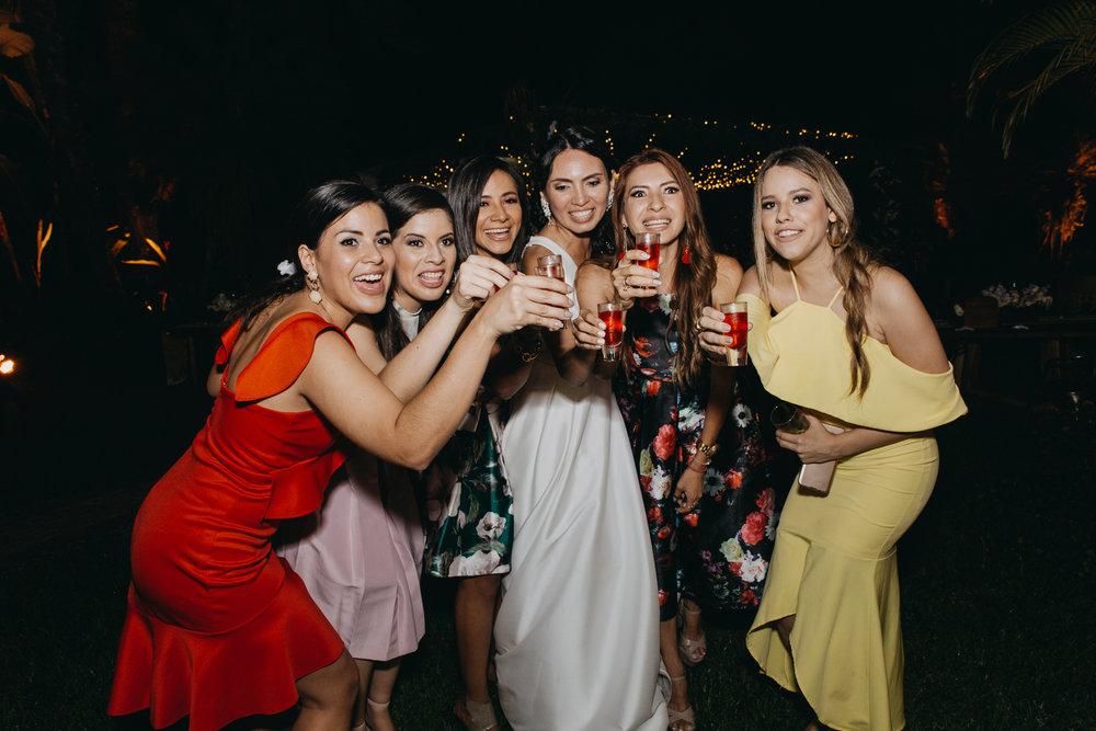Michelle-Agurto-Fotografia-Bodas-Ecuador-Destination-Wedding-Photographer-Sol-Matthias-352.JPG