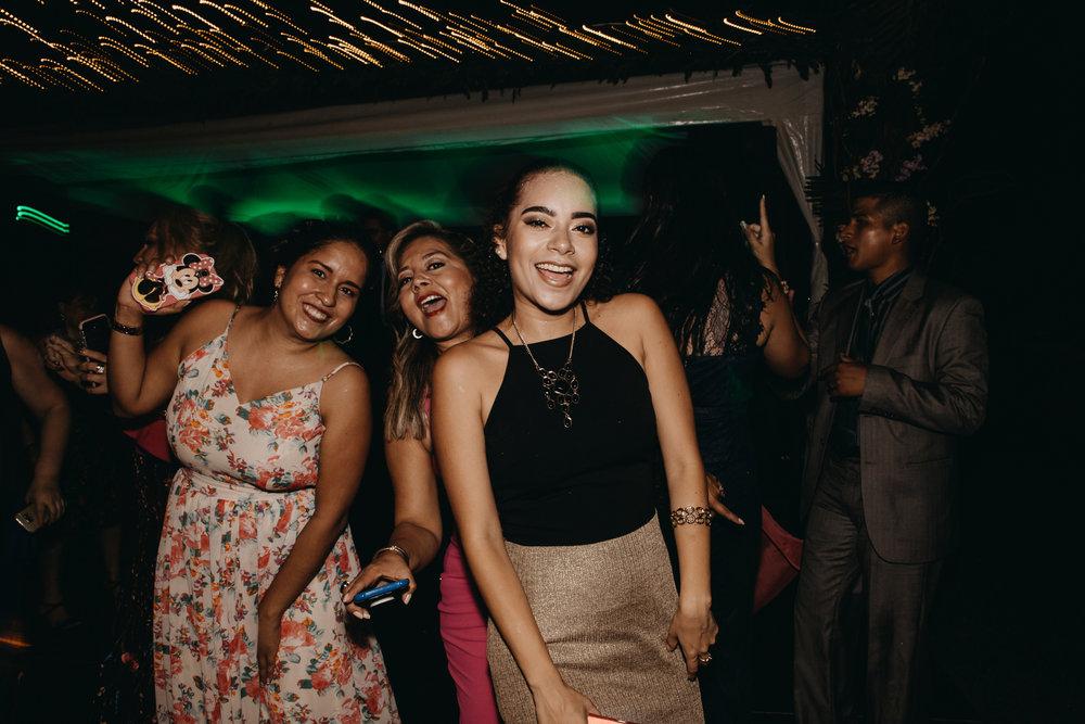 Michelle-Agurto-Fotografia-Bodas-Ecuador-Destination-Wedding-Photographer-Sol-Matthias-388.JPG