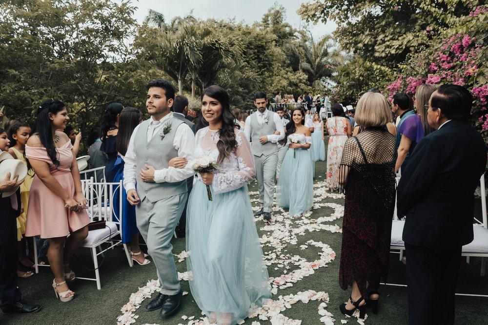 Michelle-Agurto-Fotografia-Bodas-Ecuador-Destination-Wedding-Photographer-Ecuador-Johanna-Eduardo-87.JPG
