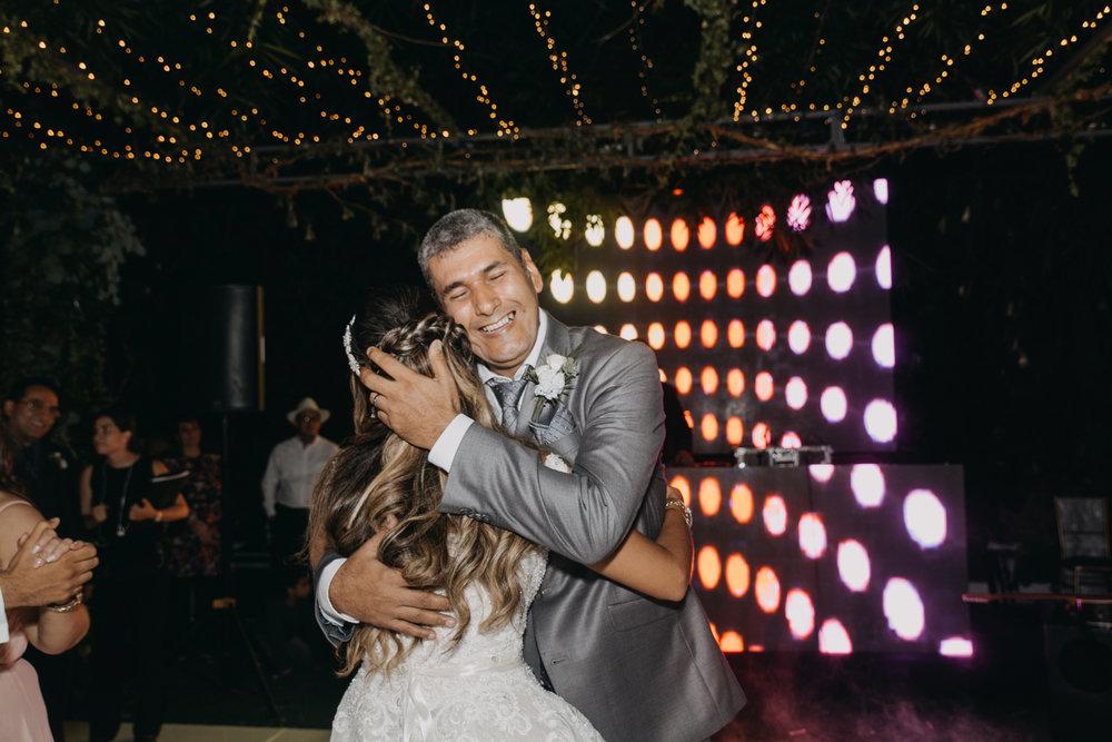 Michelle-Agurto-Fotografia-Bodas-Ecuador-Destination-Wedding-Photographer-Ecuador-Johanna-Eduardo-203.JPG