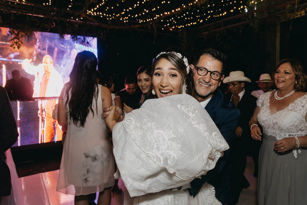 Michelle-Agurto-Fotografia-Bodas-Ecuador-Destination-Wedding-Photographer-Ecuador-Johanna-Eduardo-331.JPG