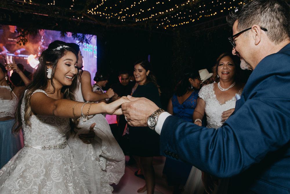 Michelle-Agurto-Fotografia-Bodas-Ecuador-Destination-Wedding-Photographer-Ecuador-Johanna-Eduardo-332.JPG