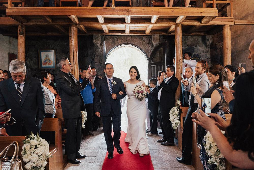 Michelle-Agurto-Fotografia-Bodas-Ecuador-Destination-Wedding-Photographer-Quito-Ecuador-Gabriela-Jorge-35.JPG