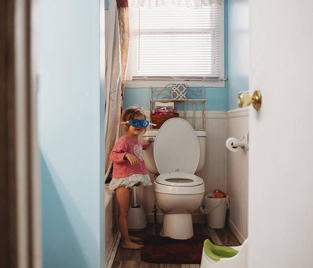 Sometimes potty training gets a little bit messy...you just might need some eye protection. 🤣🤣 . . . . . . #therebelliousstoryteller #thebeautifulreal #shamoftheperfect #thelifestylecollaborative #deepyauthentic #kidsforreal #embracingtheeveryday #raw_homestyle #jj_interior_ #adventuresofchildren #runwildmychild #theartofchildhood #childhoodeveryday #childhoodpure #hoto_19 #lookslikefilmkids #snapfromtheheart #one_magic_moment #documentyourmemories #lovingtheordinarymoments #hellostoryteller #dearest_viewfinder #journey_into_photography #cultivatingchildren #createandinspirehub #atdiff_kids #thehonestcapture#cmprep