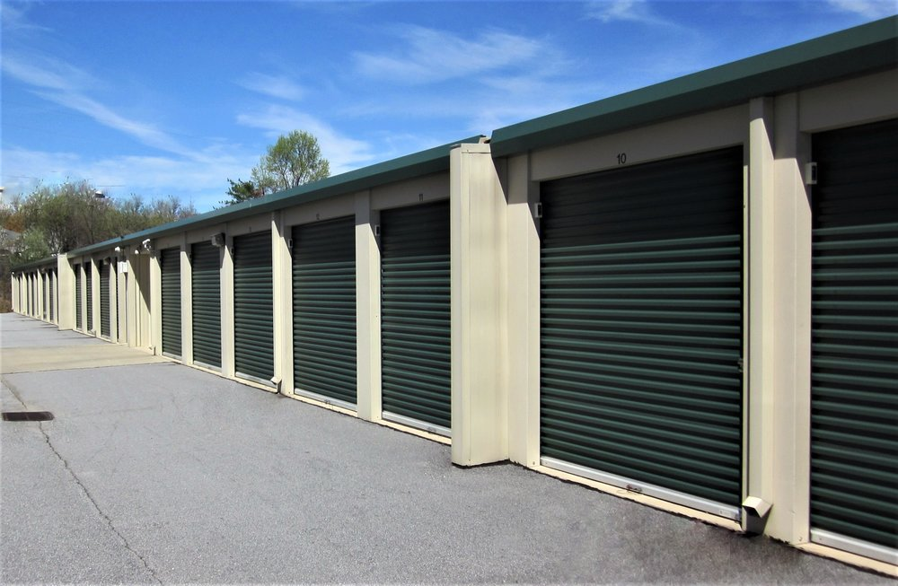 Airport Self Storage outdoor units (3).JPG