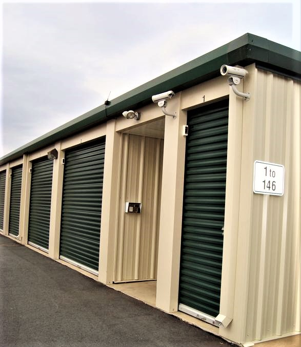 self storage standard units end of building (2).JPG