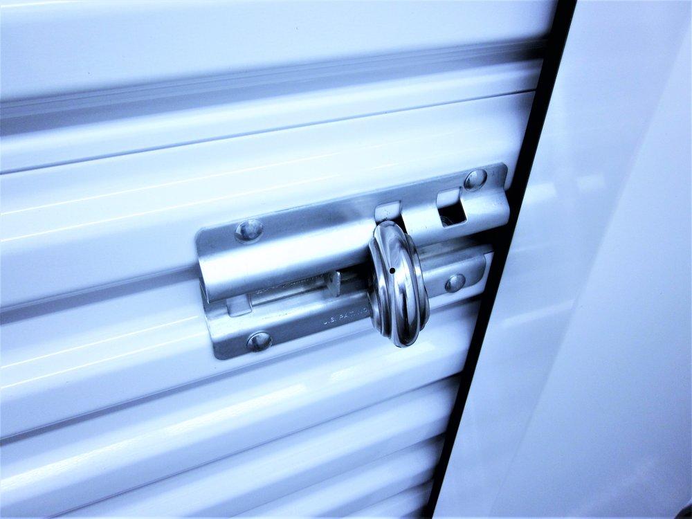 self storage door lock 2 (2).JPG