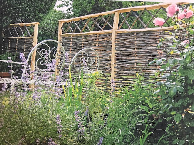 Wattled willow makes an attractive fence