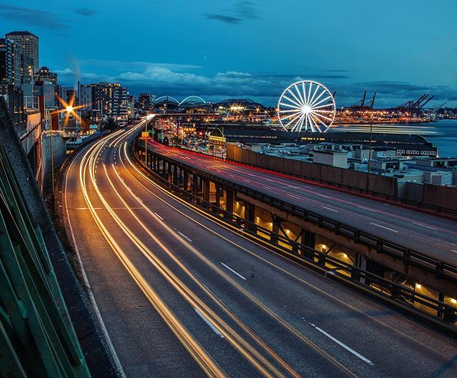 City Lights #seattle #washington #longexposure #longexposure_shots #longexpo #longexposhots #night #nightscape #cityscape #urban #city #citylights #nighttime #ferriswheel #traffic #cars #car #ferry #pier #travel #travelmore #traveling #explore #discover #adventure #seattlewashington #seattle_igers #seattlelife #capture #colorful