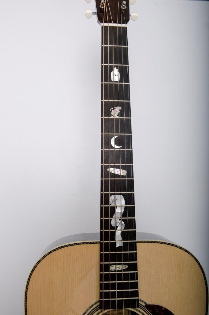 032-Mike Franks Guitars 2015.jpg