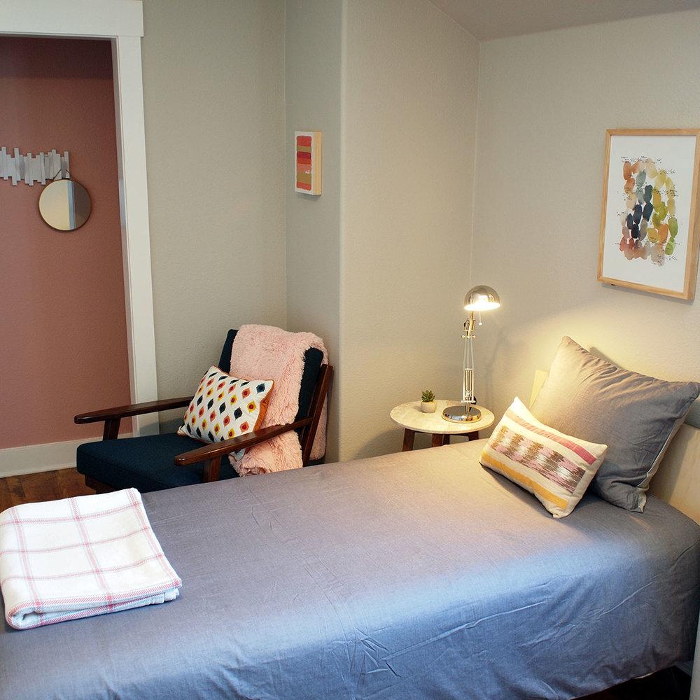 BedroomPink1_1224x1224.jpg
