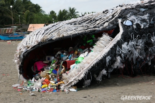 Whale Art Installation in the Philippines, May 2017. © Greenpeace