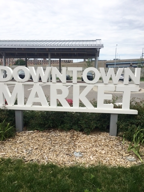 The Downtown Market in Grand Rapids is the cutest market that has a variety of fresh foods, beverages, flowers and various products that you can buy.