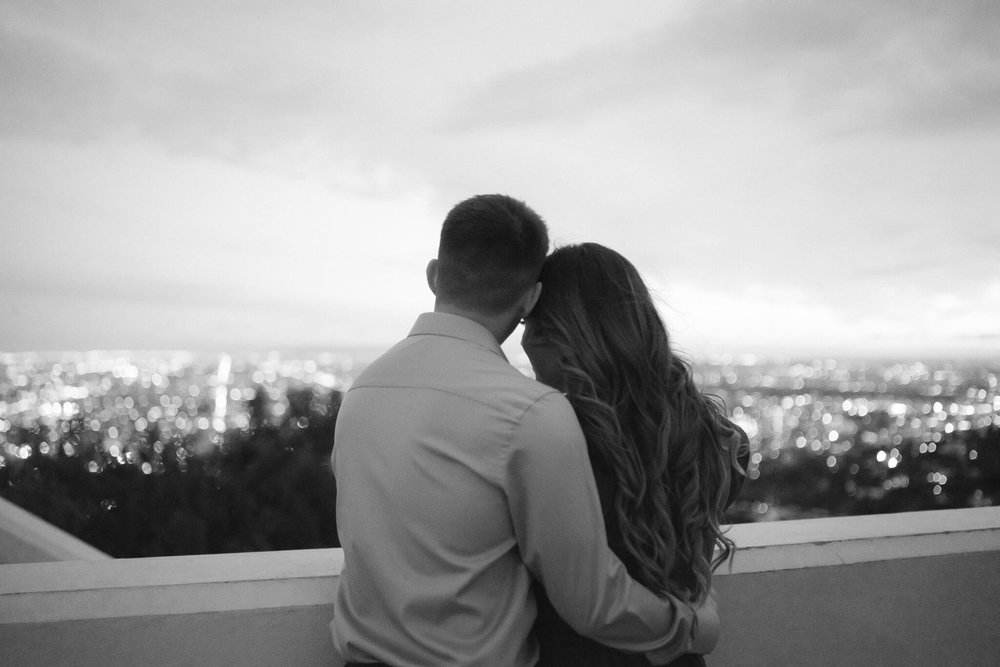 griffith-observatory-engagement-photos-24.jpg