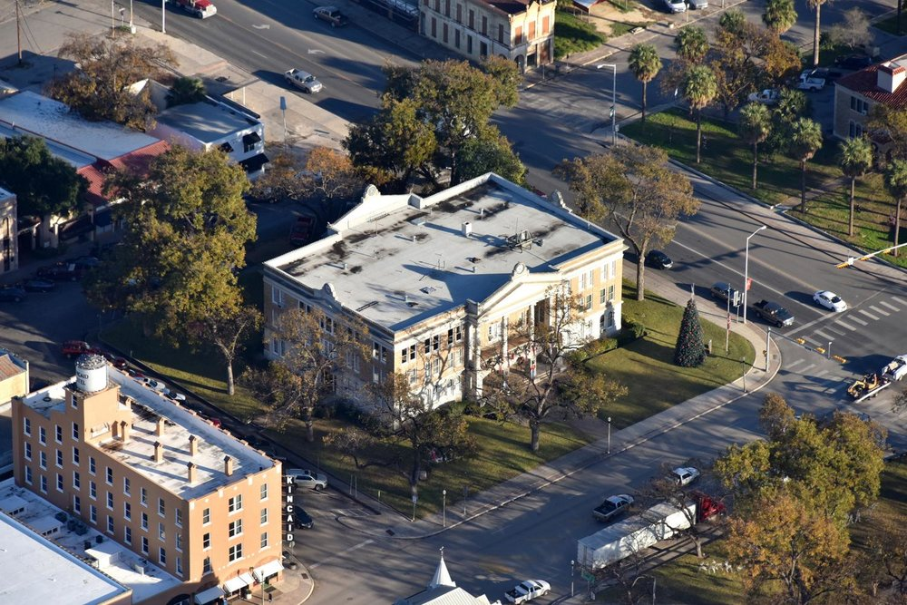Uvalde County Courthouse, Uvalde, Texas - Uvalde Aerial Photographer - Uvalde Aerial Drone Image - Aerial Drone Video - Uvalde, TX - South Texas