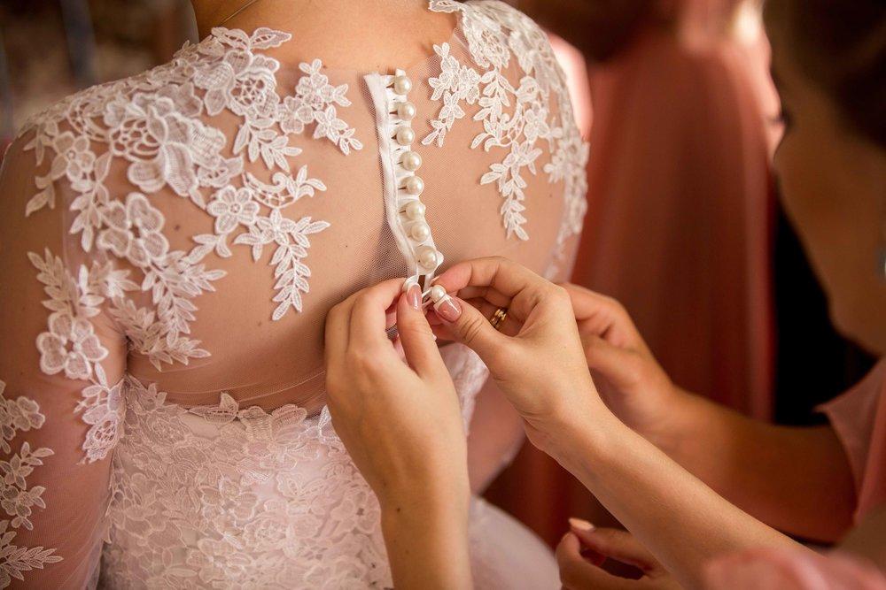 Geschäft Brautmode.jpg
