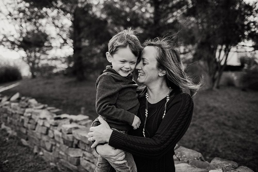 Emmy Shepherd Photography | Motherhood Photographer | www.emmyshepherd.com_0306.jpg