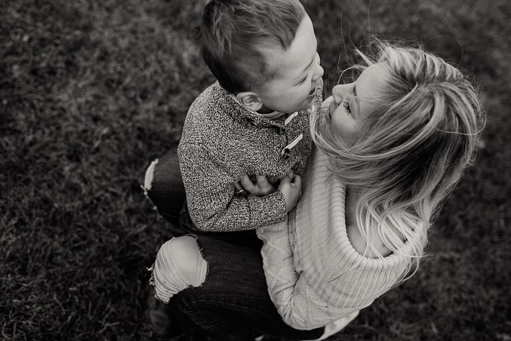 Emmy Shepherd Photography | Motherhood Photographer | www.emmyshepherd.com_0313.jpg