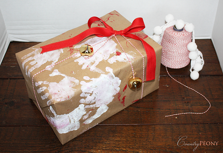 Children's DIY Christmas Wrapping Paper