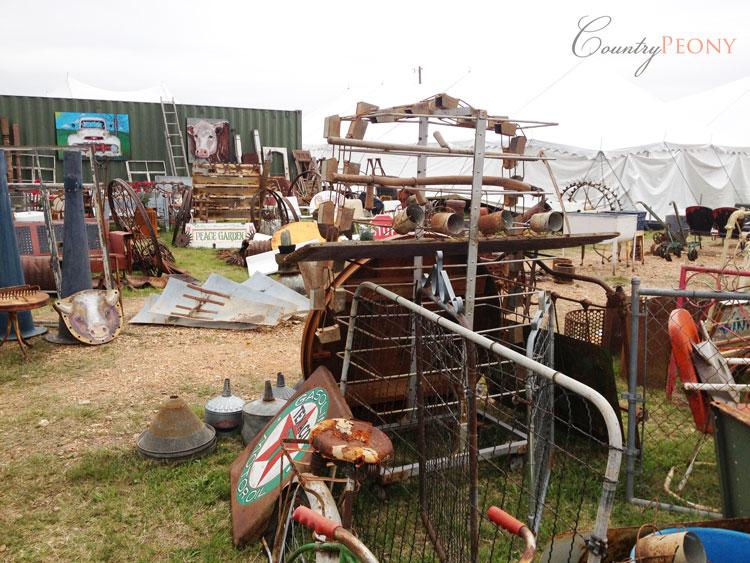 Round Top Antique Fair