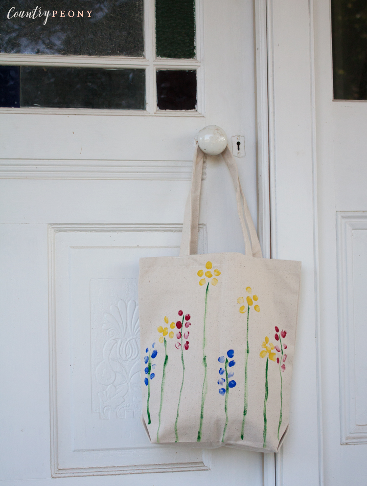 DIY Children's Finger Paint Mother's Day Gift Tote