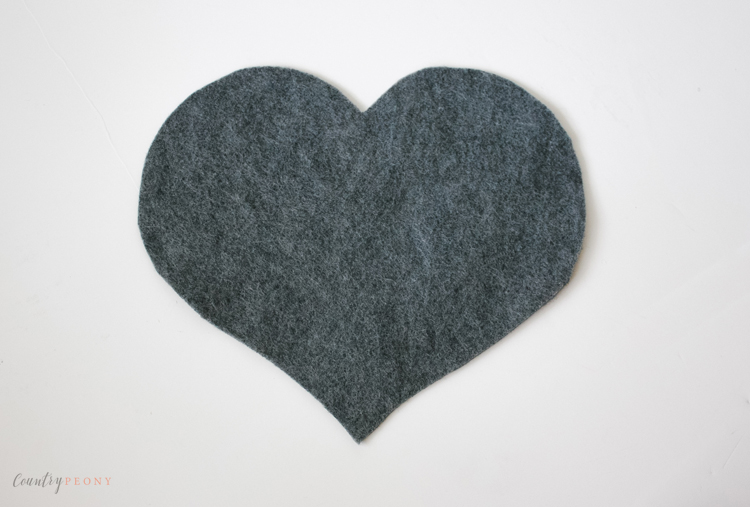 DIY Felt Ball Heart Trivet