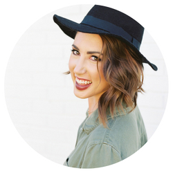 Melanie Julian Photography | Instagram Marketing Strategy Review