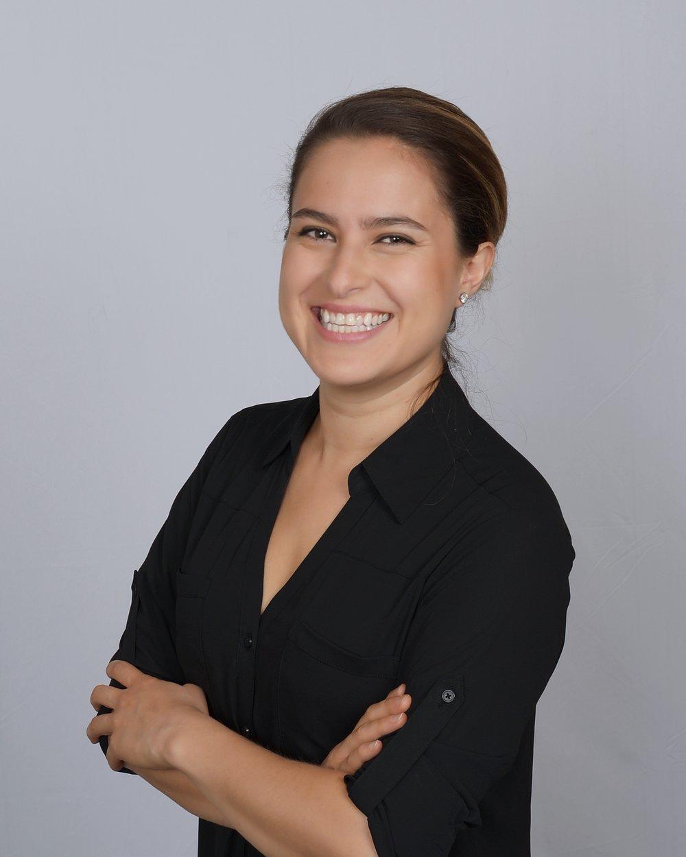 Lizette De Arkos  CEO & Co-Founder of A L Z A R