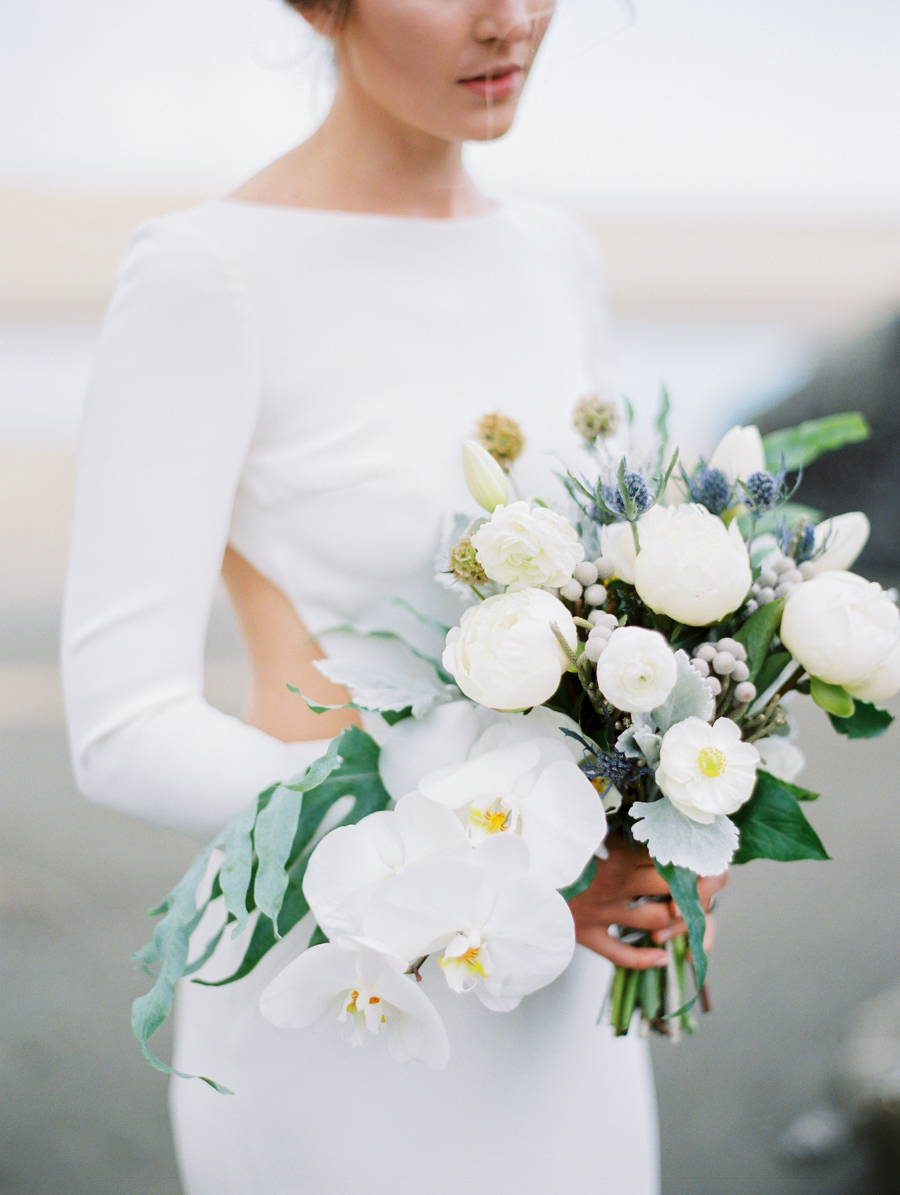 COLLEEN & JUSTIN - STYLING & PHOTOGRAPHY // Featured on Wedding Sparrow.