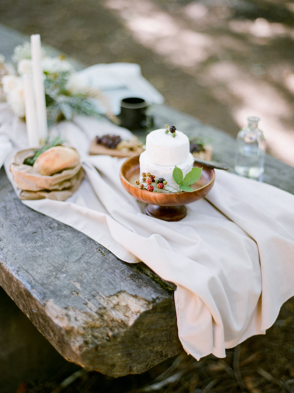 REDWOODS ELOPEMENT - STYLING & PHOTOGRAPHY // See gallery here.