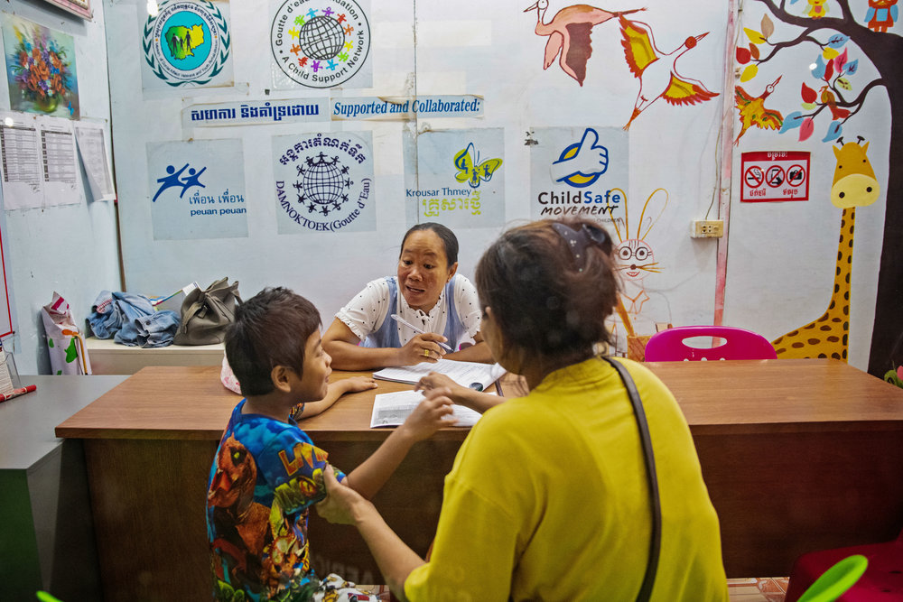 A mother and her son were picked up by Border Agents in Thailand and deported back to Cambodia. Because she has such a small child they were referred to Damnok Toek . Damnok Toek will give the mother options on how they can help her care for her child.