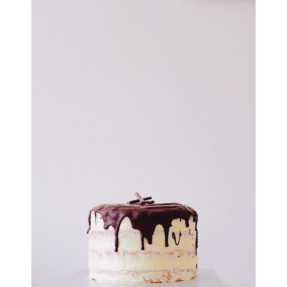 Kate Wainwright | Naked Cake
