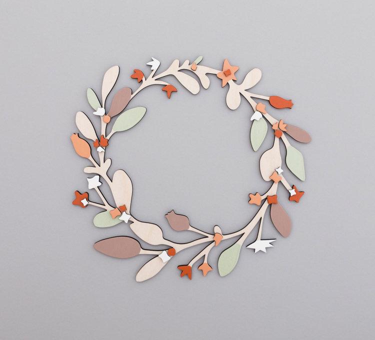 Anna-Wiscombe-large-wreath.jpg