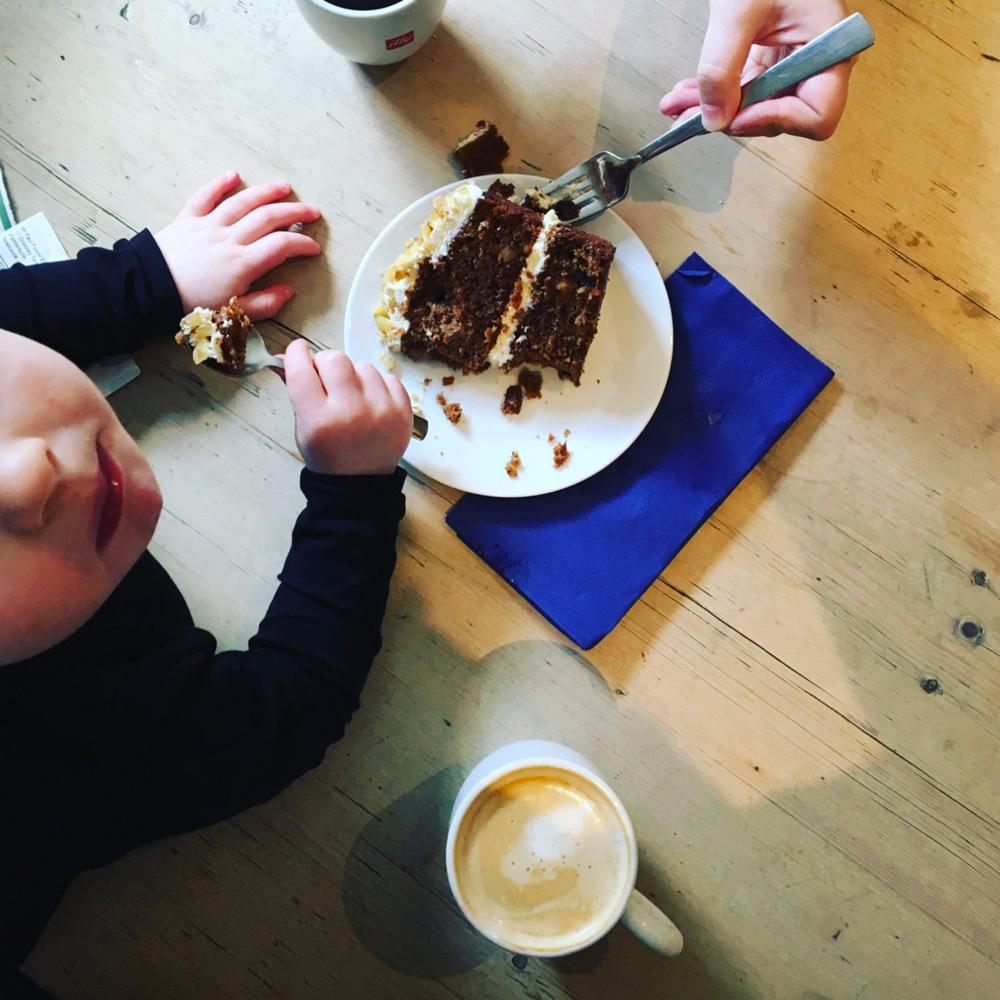 Children-eat-cake-Bertrams.jpg