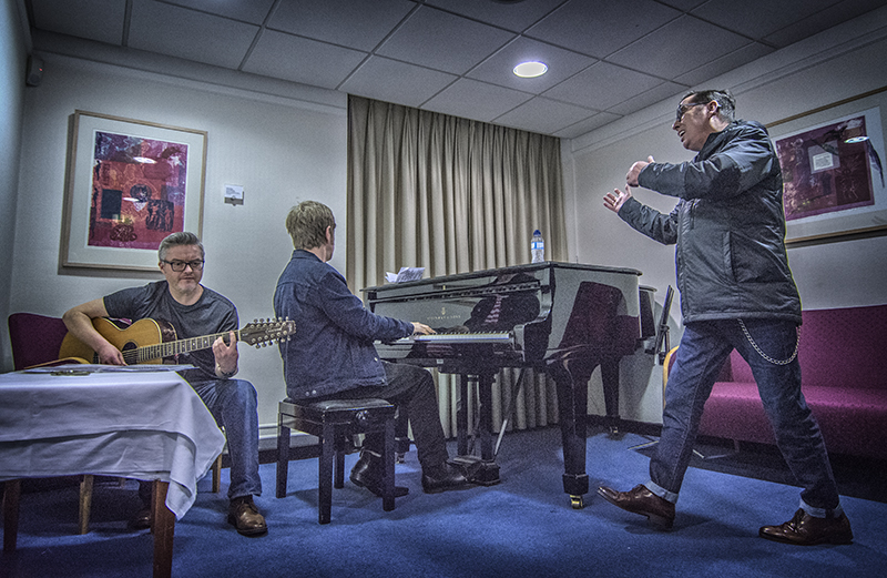 Rehearsals with Dave McGuinness, Duncan Maitland & Christy Dignam