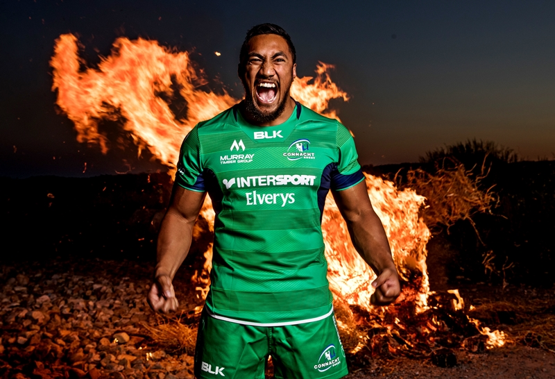 Bundee-Aki-Connacht-jersey.jpg