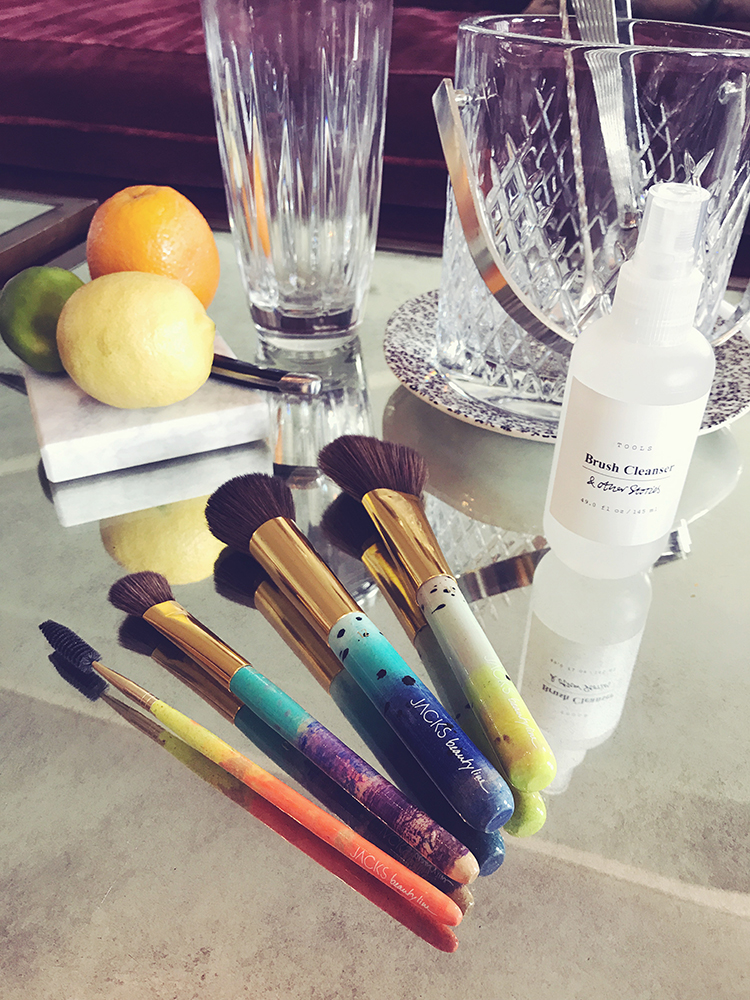 jacks_beauty_line_am_set_soho_house_berlin_pinsel_brush_puderpinsel