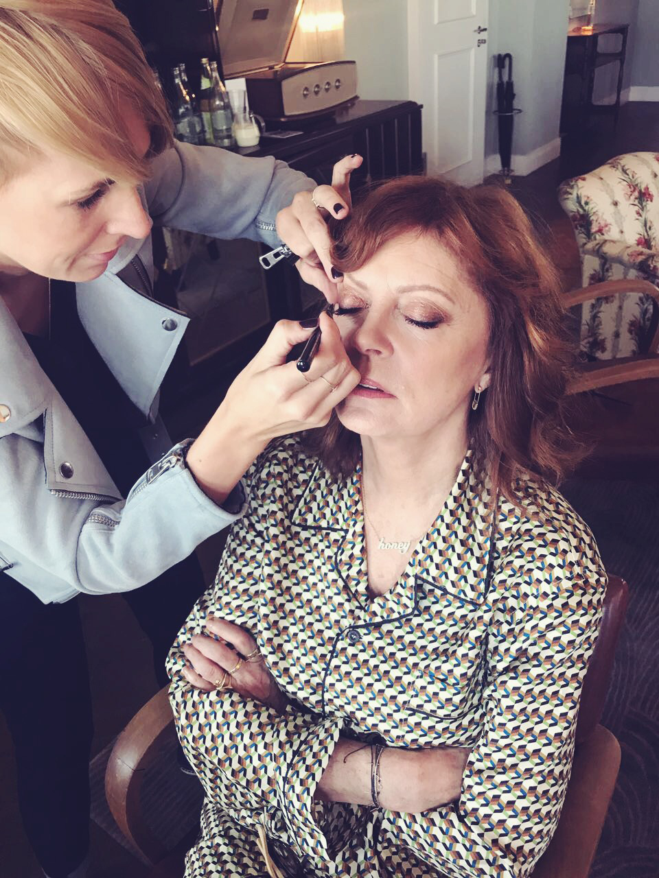 Miriam_jacks_susan_sarandon_make_up_set_artist_soho_house_berlin