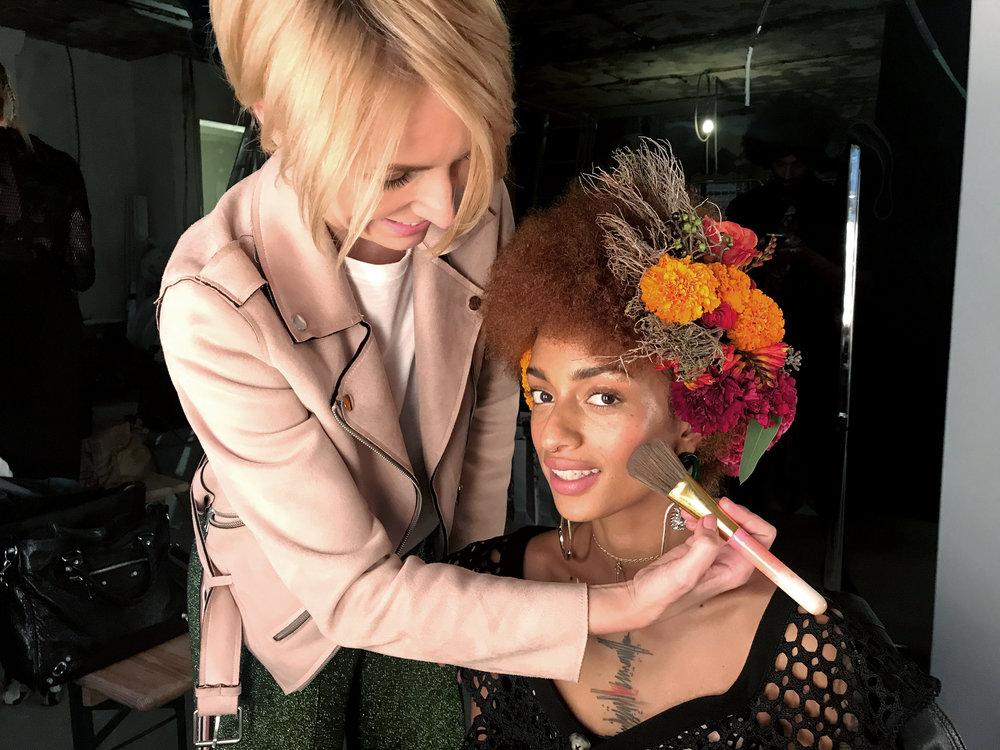 Hairstyling_MiriamJacks_Flowers_Cybex_jacks.jpg