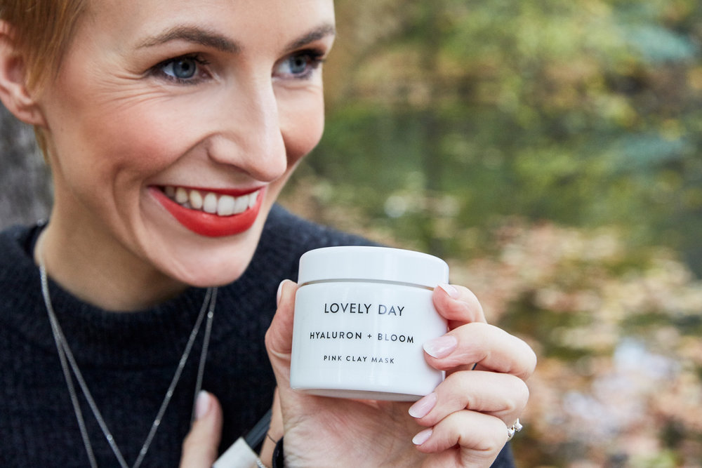 Miriam: Bald kommt noch ein ausführlicher Artikel über Lovely Day, denn sie haben einen Beauty Store in Berlin eröffnet, wo auch meine Pinsel verkauft werden!