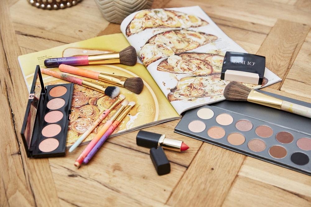 JACKSbeautyline_Makeup_Pinsel.jpg